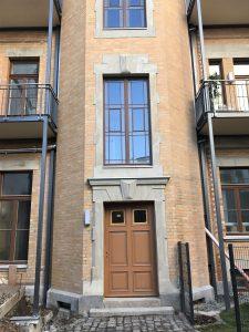 Hoffassade Eingangsportal fertiggestellt